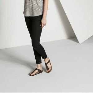 Birkenstock Gizeh Sandal 38